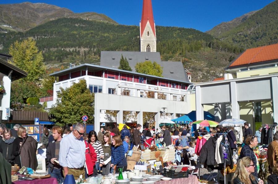 flohmarkt_schlanders_20121022_1676635318