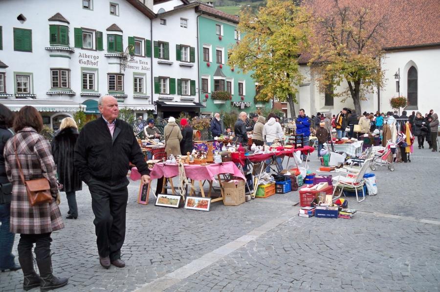 flohmarkt_sterzing_vipiteno_mercatino_20121022_1899000173
